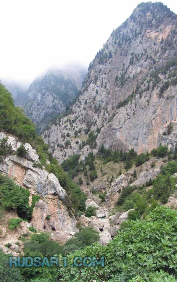 صخره های سیپرد اشکور