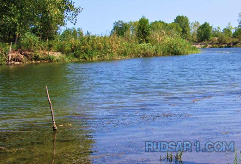 رودخانه روستای lale rud
